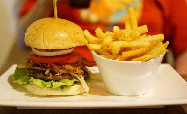 Kiwi Gourmet Burgers